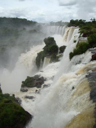 Puerto Iguazu, Argentina: Iguazu, The Park has more than 200 falls