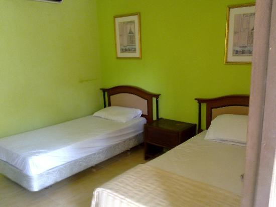 Pangkor Village Beach Resort: beds