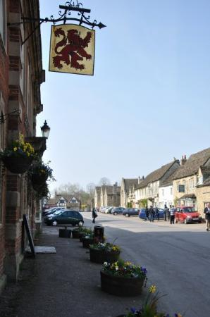The Red Lion: Red Lion Lacock