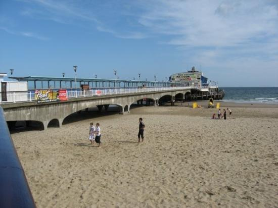 Bournemouth, UK: ...the pier!