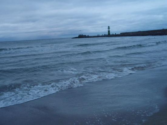 Warnemuende beach picture of warnemunde rostock for Das resort warnemunde