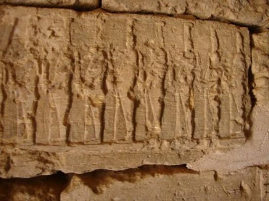 Shendi, Νότιο Σουδάν: exploring the pyramids...