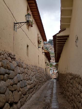 Hotel Arqueologo Exclusive Selection: Side street next to hotel