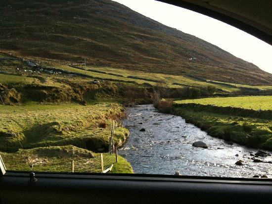 Camp, Ierland: Traveling the back roads
