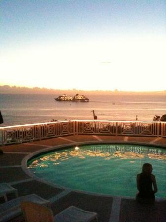 Villa Marbella Suites: Sunset from Pool Deck