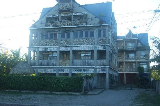 بونتا جوردا, بليز: Seafront Inn