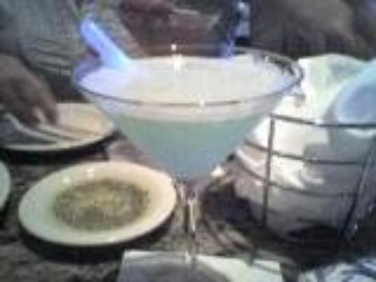 Richland, WA: hpnotiq breeze at Bonefish