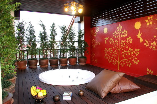 Anoma Boutique House: Jacuzzi And Relaxation