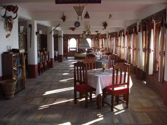 إكو هوم: spacious restaurant