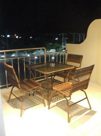 Chalong Beach Hotel and Spa: Le salon