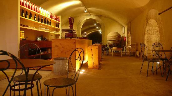 Castello di Lispida: Wine bar & snacks
