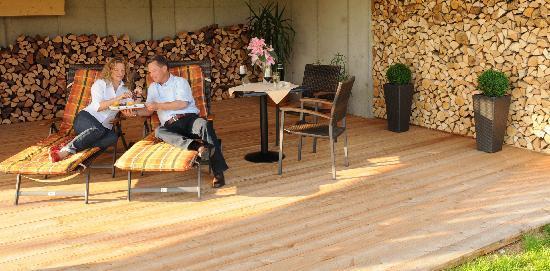 Romantik Lodge am Wanderreiterhof Kern: Terasse