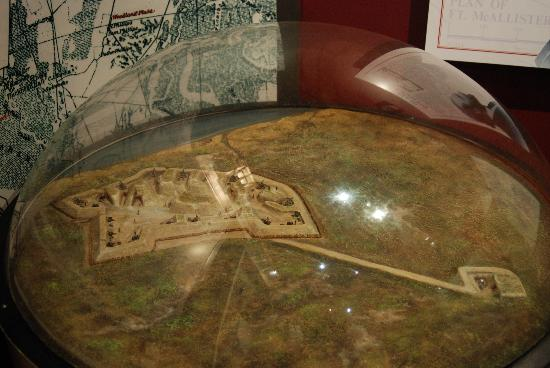 Fort McAllister State Park: Model of fort (in museum)