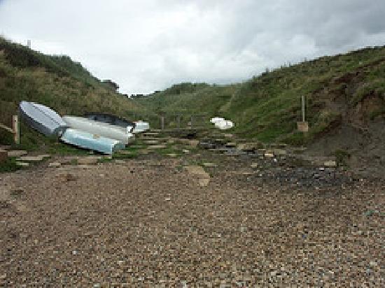Eype House Caravan & Camping Park: Eype beach