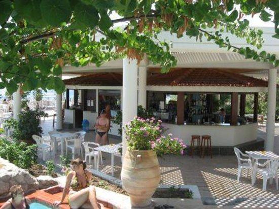 Hotel Calypso: Le bar piscine