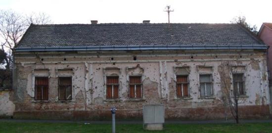 Vukovar, Croacia: Vukovár - Utca