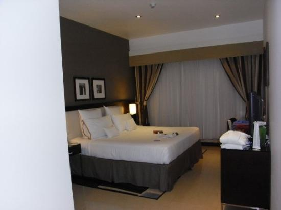 Four Points By Sheraton Sheikh Zayed Road, Dubai: Schlafzimmer II Mit Begehbarem  Kleiderschrank Und