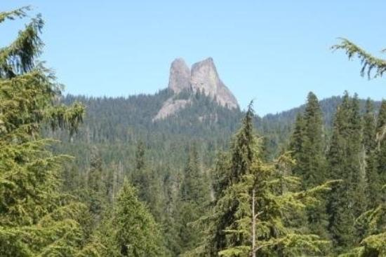 Prospect, OR: Rabbit Ears - Rough River Gorge