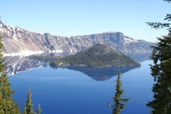 Prospect, OR : Crater Lake...Thanks Vicki for sending us.  This place is so beautiful.
