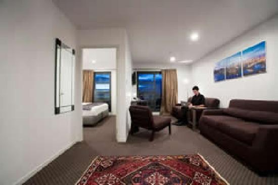 Waldorf St. Martins Apartment Hotel: fully furnished hotel apartment