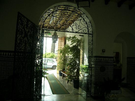 Los Helechos: entrance