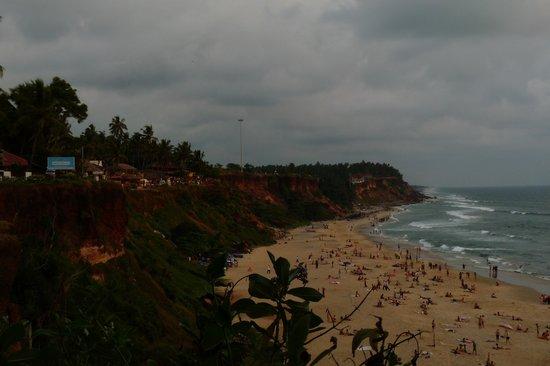 Varkala SeaShore Beach Resort: spiaggia North Cliff