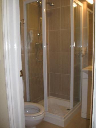 Winchester Hotel: bagno