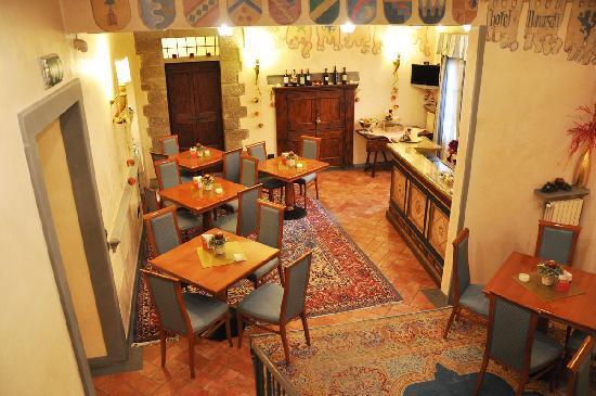 Hotel Davanzati: sala colazione e... aperitivo!