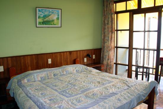 Hotel Esmeralda: Room
