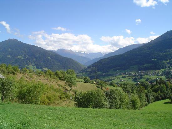 Hotel Mozart: visite petit village montagne
