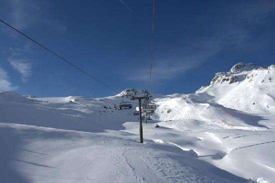 Gasthof zur Post: skiing in obertauern