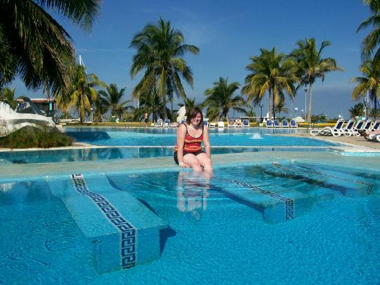 Piscine picture of hotel club acuario havana tripadvisor for Club piscine montreal locations