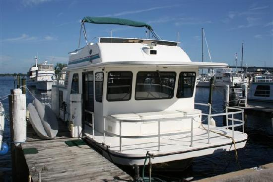 Bokeelia, FL: The Houseboat