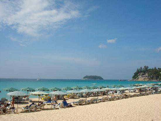 Katathani Phuket Beach Resort : Spiaggia di Kata Noi