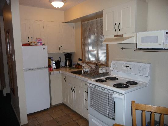 Kitchen Picture Of Buccaneer Inn Nanaimo Tripadvisor