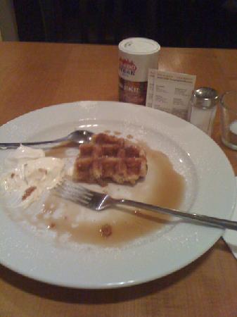 Asado Steak Färbergraben: Belgian waffle dessert