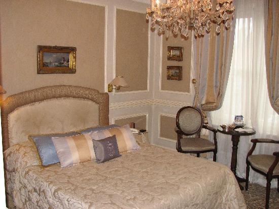 Hotel Heritage - Relais & Chateaux: Our room