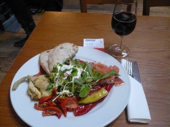 Vinopolis: Tapas Lunch