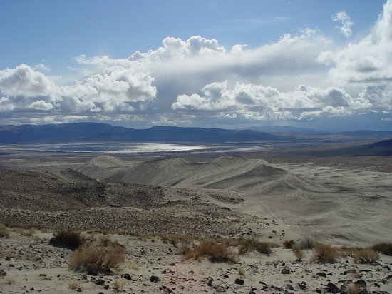 Nevada : back side of sand mountain,nv