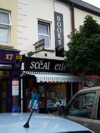 Sceal Eile Books : Front of Shop
