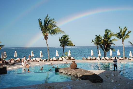 The Residence Mauritius: Desde  la  parte posterior del hotel