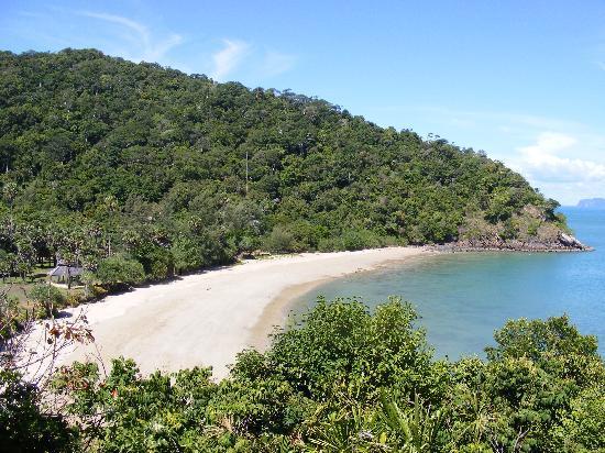Chaw Ka Cher Tropicana Lanta Resort: Strand nahe des Leuchtturms im Süden der Insel