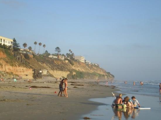 Encinitas, CA: Moonlight beach