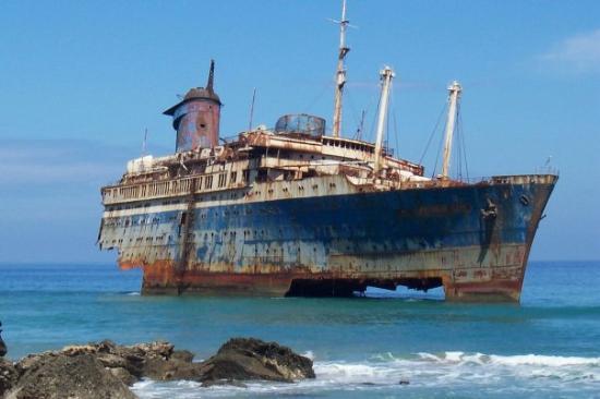 Fuerte 2004 das gestrandete schiff gibts leider nicht mehr bild von fuerteventura kanarische - Jm puerto del rosario ...