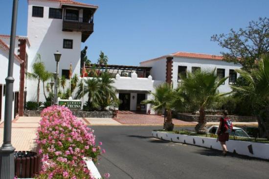 La Gomera, Playa Santiago, Eingang zum besten Hotel der Welt, auf der geilsten Insel. Das Hotel