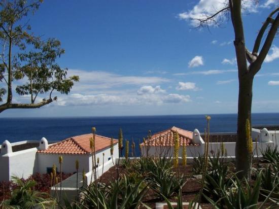 La Gomera, Playa Santiago, Im Hotel Jardin Tecina.  Blick auf die Bungalows in den wir regelmäs