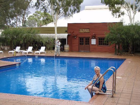 Restaurant Picture Of Outback Pioneer Hotel Lodge Ayers Rock Resort Yulara Tripadvisor