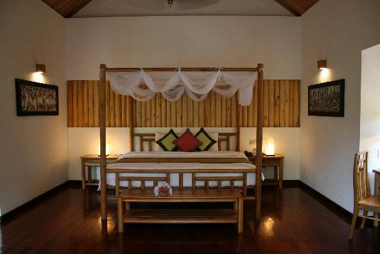 Pilgrimage Village: Honeymoon Pool Hut