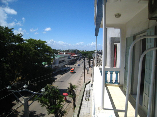 Toamasina (Tamatave), Madagascar: view from the balcony of central hotel tamatave down to boulevard joffre