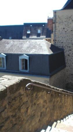 escaliers du vieux mans vers la ville photo de le mans sarthe tripadvisor. Black Bedroom Furniture Sets. Home Design Ideas